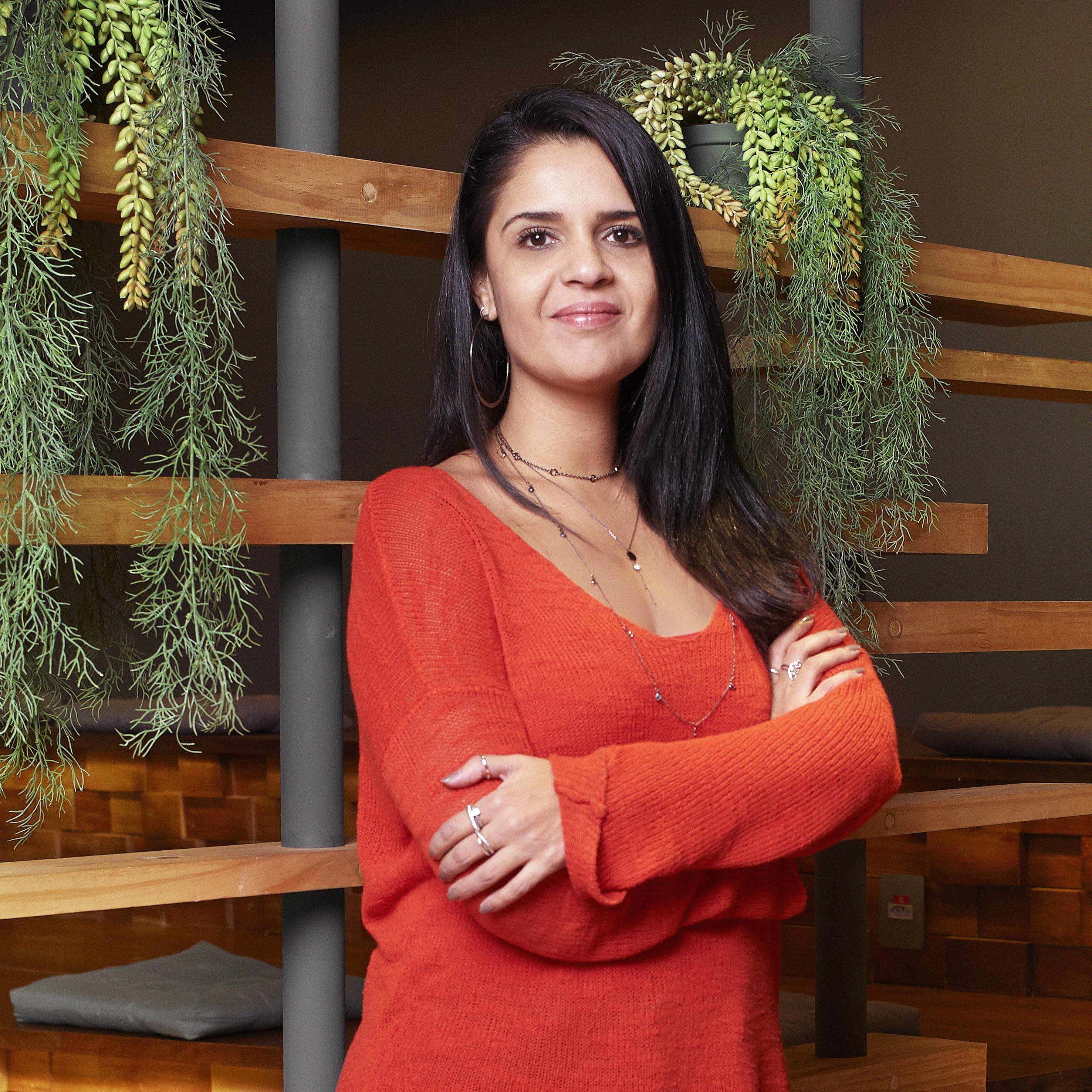 Anna Moraes, gerente de negócios.
