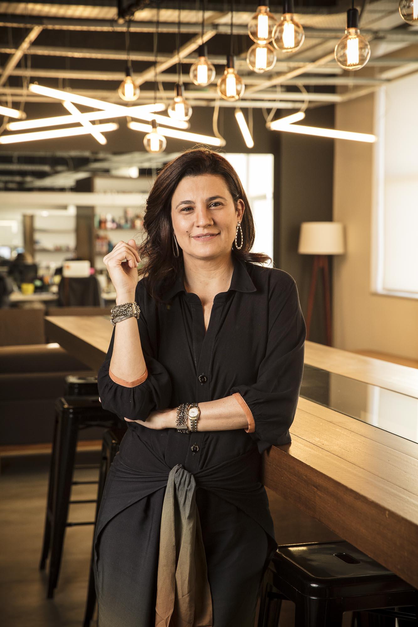 Ana Paula Perdigão, Diretora de Atendimento.