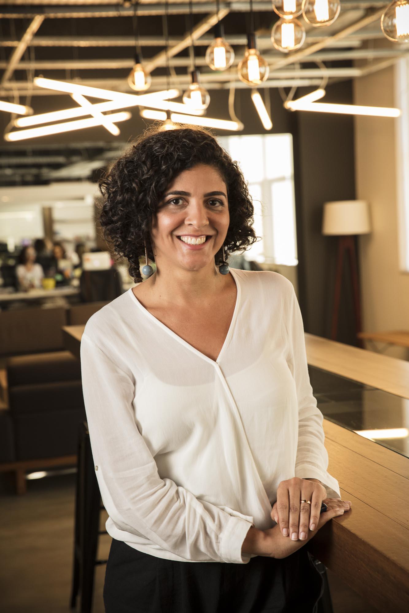 Bianca Almeida, Diretora de Atendimento.