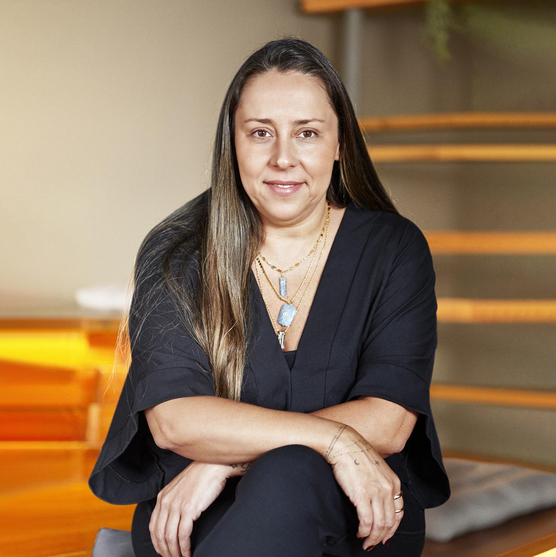Janaina Yana, Diretora de Negócios